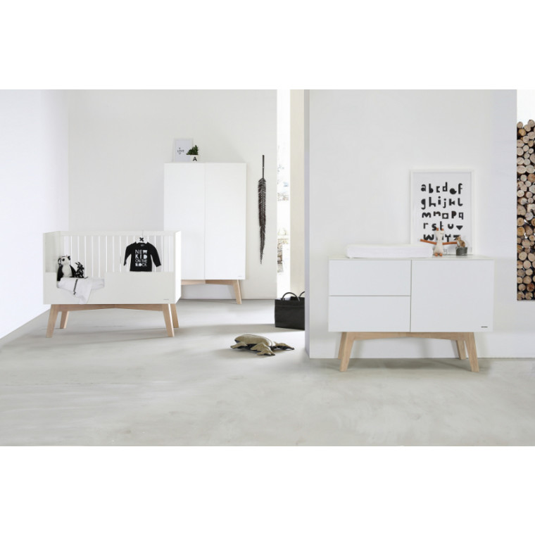 Kidsmill Sixties Babykamer Wit Mat / Naturel | Bed 70 x 140 cm + Commode + Kast 2-Deurs