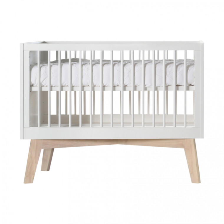 Kidsmill Sixties Babybed Wit Mat / Naturel 70 x 140 cm