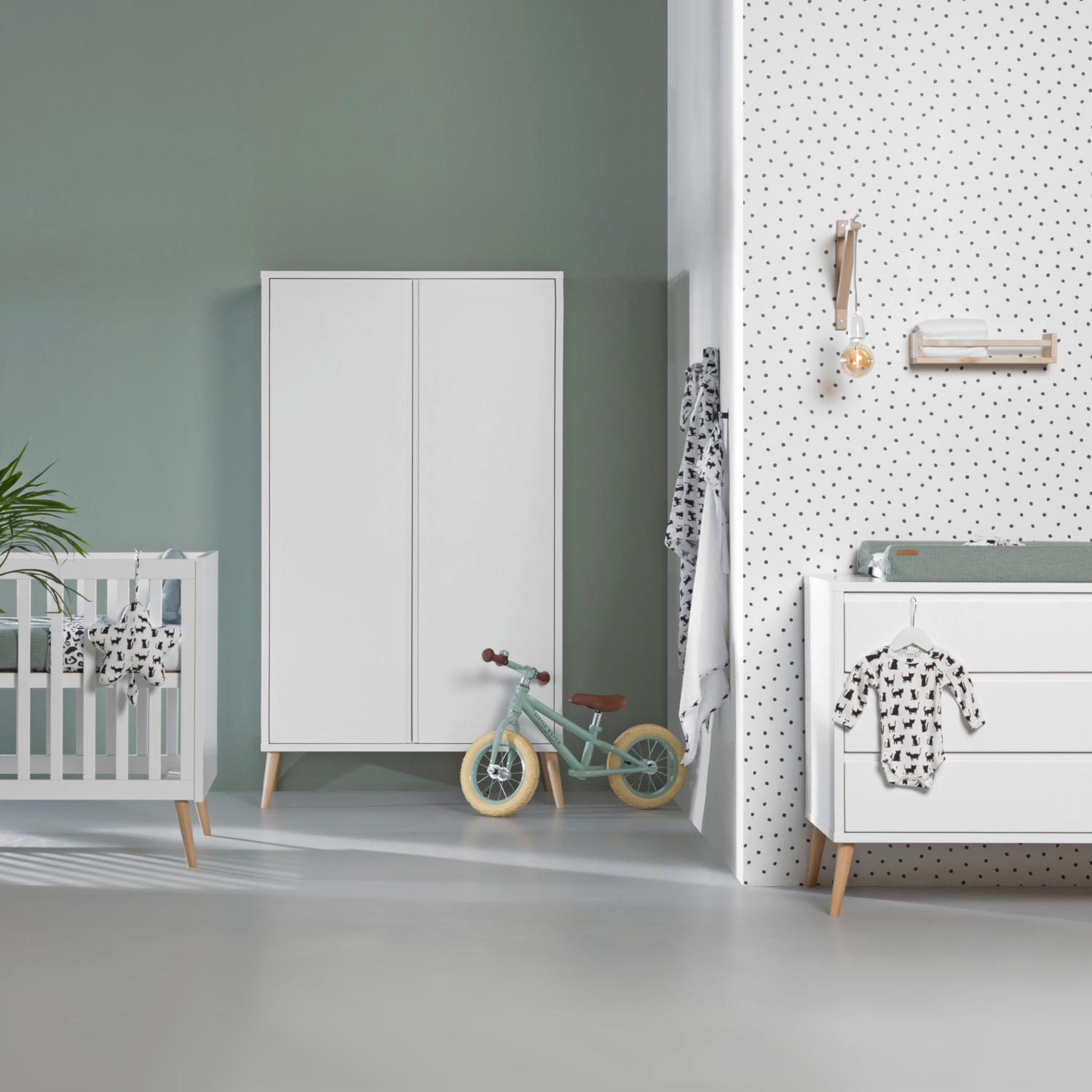 Europe Baby Sterre Babykamer Wit | Commode + Kast